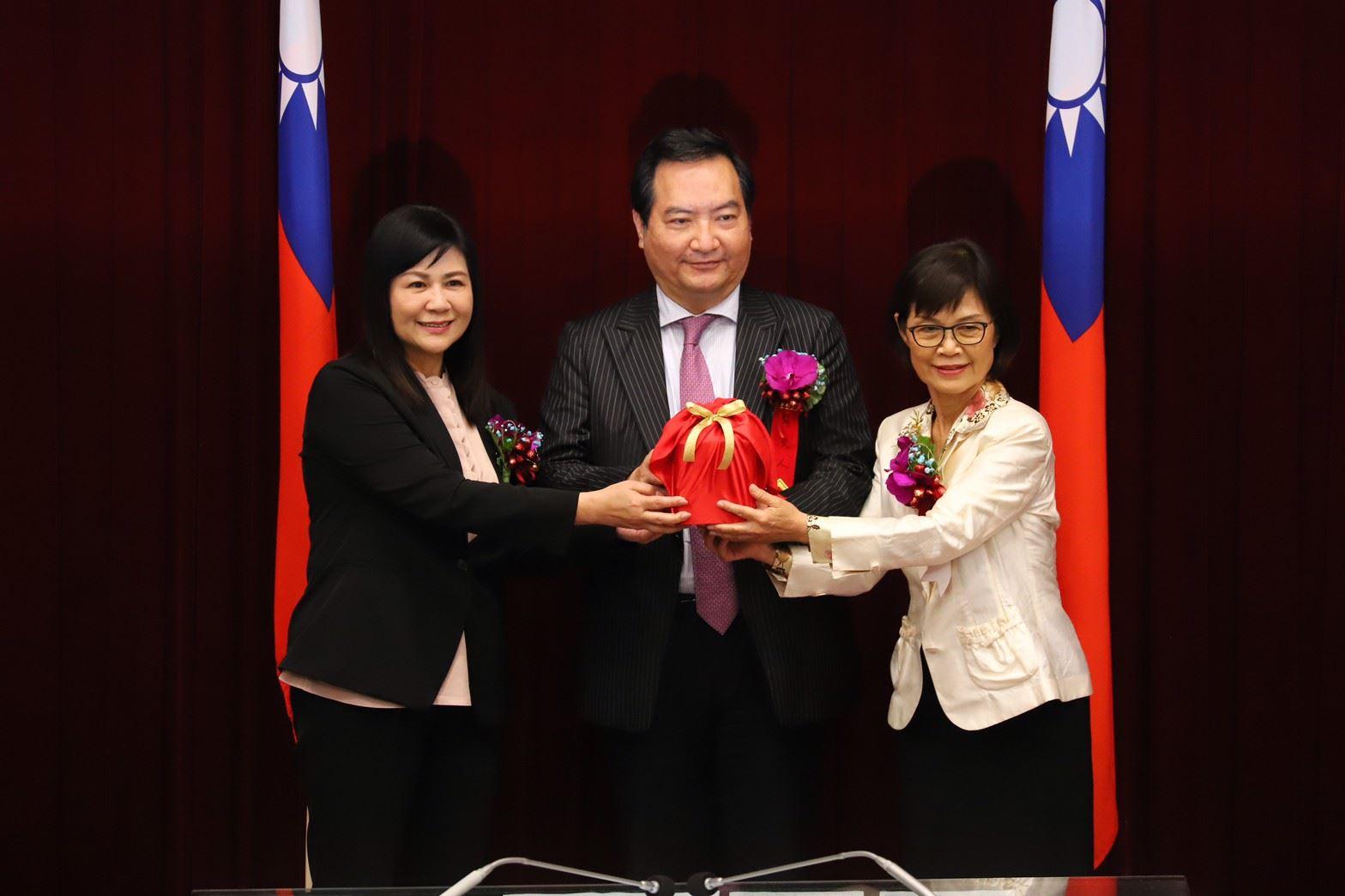 第3屆議長補選由曾麗燕以35票當選