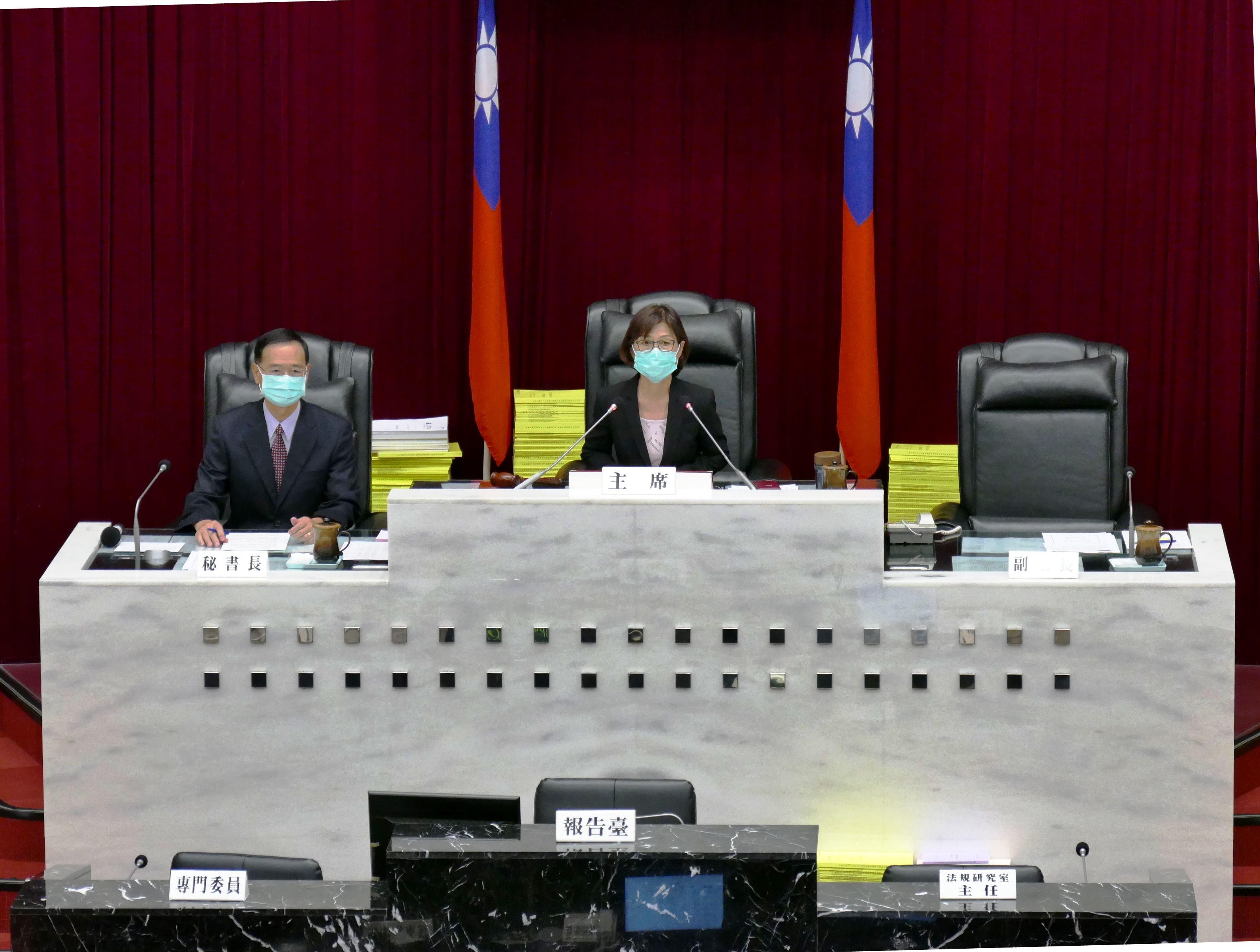 曾議長開幕致詞要求陳市長提出具體減債計畫