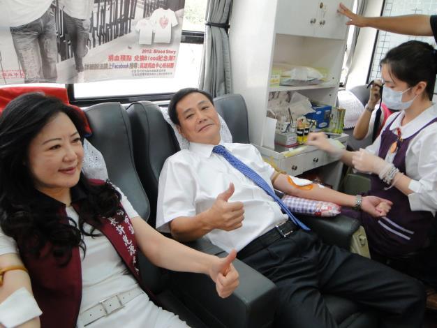 許議長捐血-2(共8張)-1