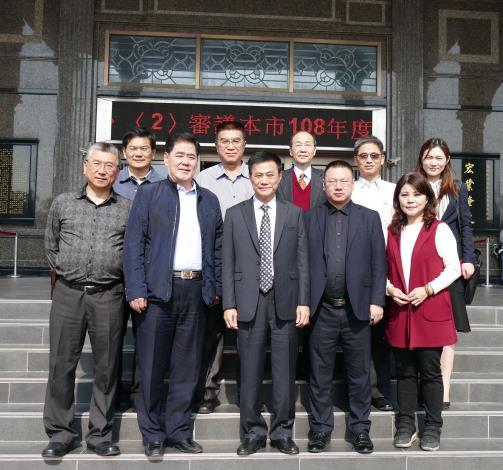 北京廠商尋求投資高雄與議長及議員合影(共1張)-1