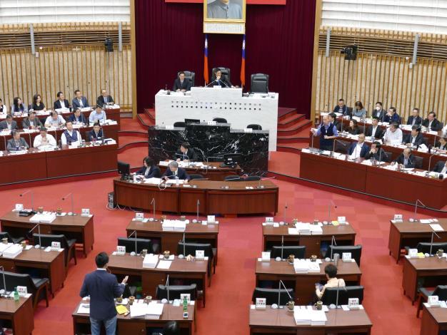 許議長呼籲全體議員  依市政質詢辦法理性問政