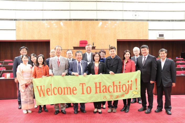 議長率團參訪日本各地方議會