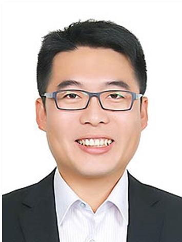 Qiu, Jun-Xian